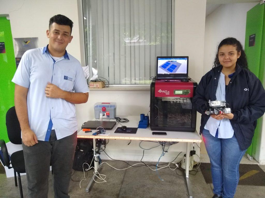 Alunos da ETPC durante o Dia da Educação na CSN