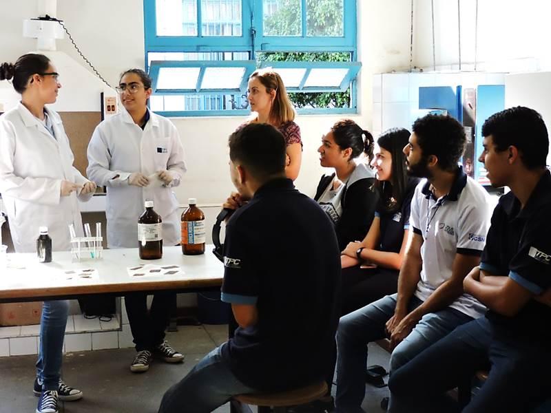 Projeto de alunos da ETPC reaproveita cobre