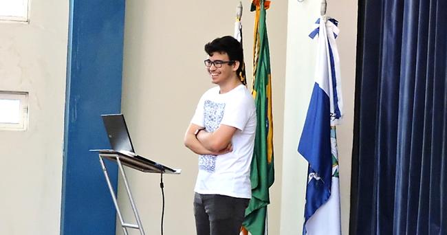 Guilherme Vallim Machado, finalista em concurso de tecnologia